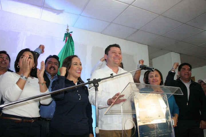 Se declara Adriana Dávila vencedora de la elección