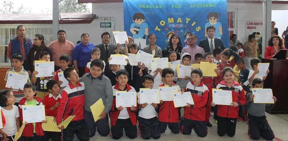Niños reciben clínicas gracias al SMDIF y centro Tomatis