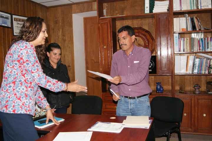 Renuncia Tesorera de Nanacamilpa por motivos personales