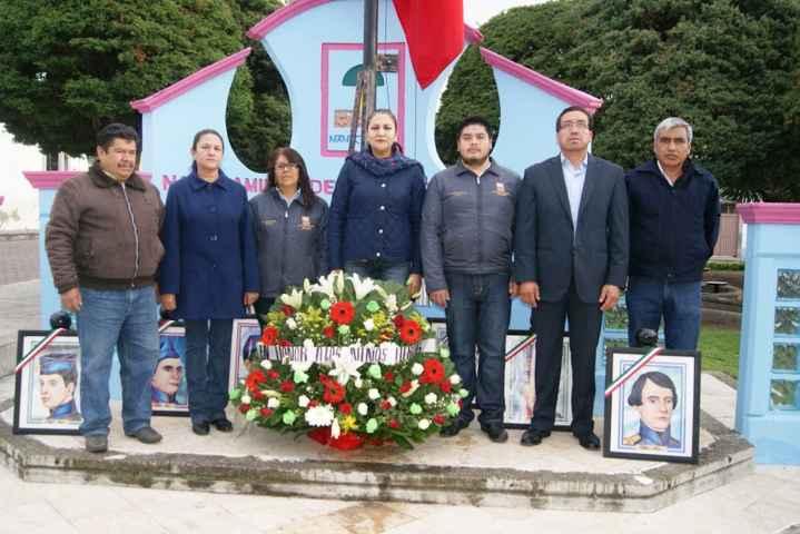 Autoridades de Nanacamilpa rinden homenaje a Niños Héroes de Chapultepec