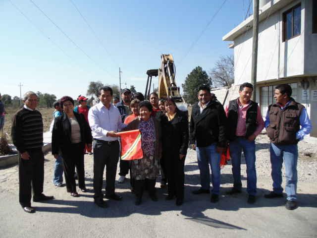 Inicia pavimentación de calle Pino Suárez, Segunda Etapa: Carlos Luna