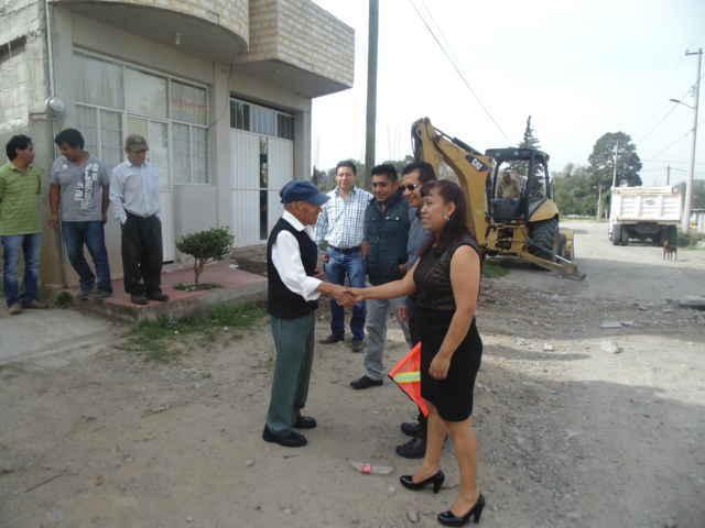 Dan banderazo para pavimentar Calle Josefa Ortiz, tercera etapa