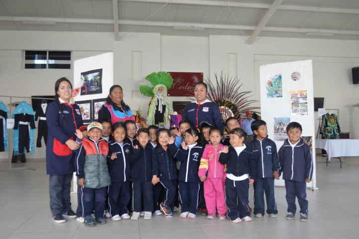 Los Cedros fortalecen la historia y cultura a alumnos de Xaloztoc