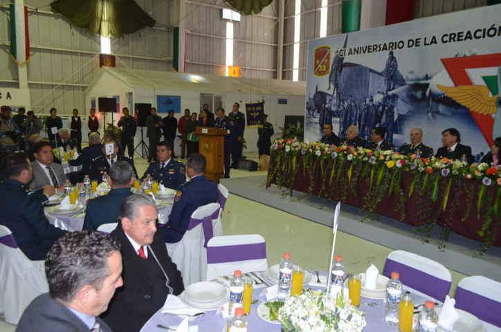 Asiste VHR a Conmemoración del CI Aniversario de la Fuerza Aérea Mexicana