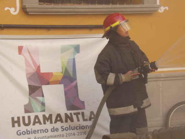 Realiza Ayuntamiento de Huamantla simulacro conmemorando 30 aniversario del sismo de 1985