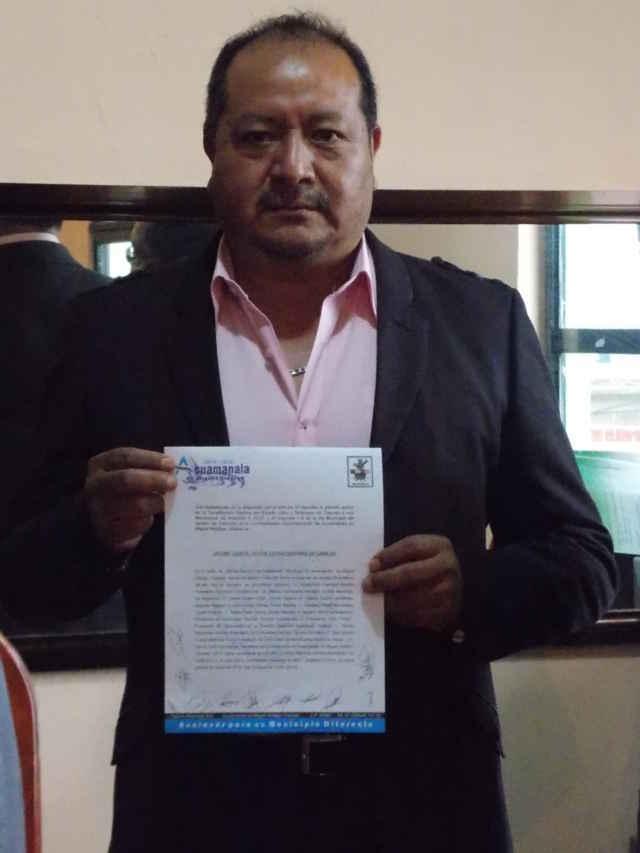 Concede cabildo de Acuamanala licencia a edil Alejandrino Espinoza