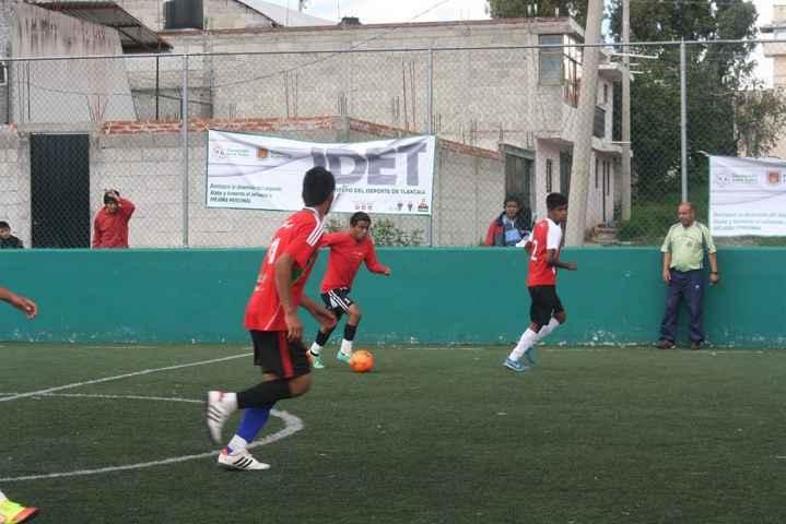 Listos los partidos de fútbol con bardas en los Juegos Populares