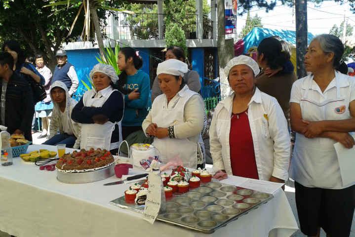 Concluyen curso de panadería y repostería en Tlaltelulco