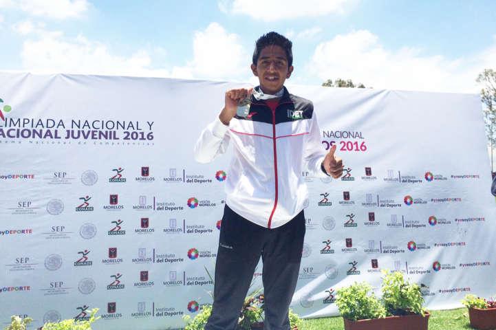 Gana tlaxcalteca medalla de oro en la Olimpiada Juvenil 2016