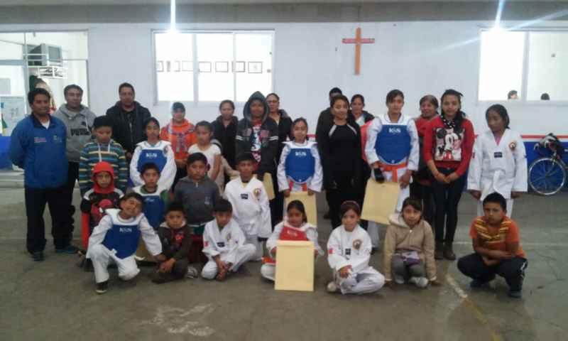 Alcalde de Tocatlán apoya el deporte en su certificación