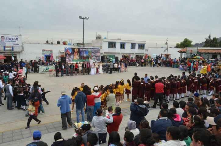 Acude VHR a Inauguración de Festividad en Sanctorum de Lázaro Cárdenas