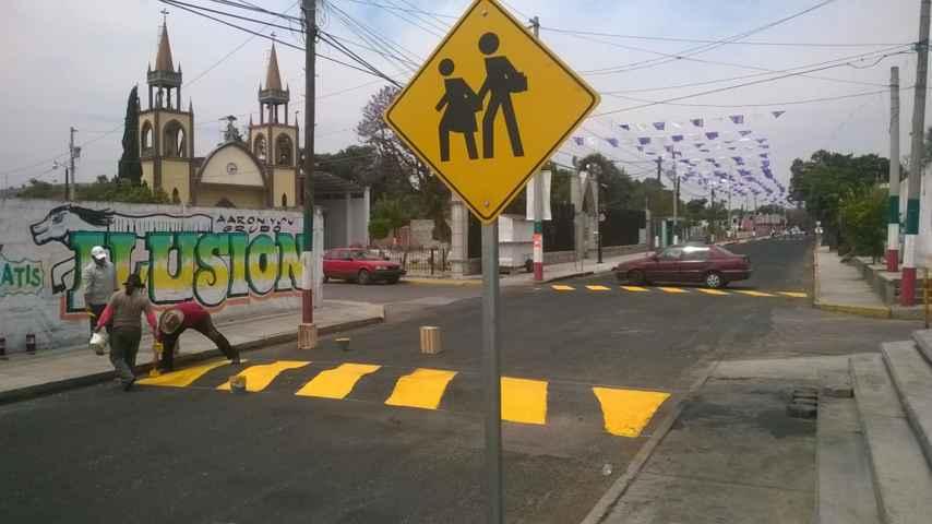 Impulsa Ayuntamiento mayor respeto al peatón, balizando