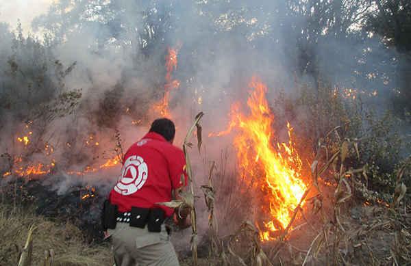Combate Protección Civil de Huamantla incendios en el Municipio