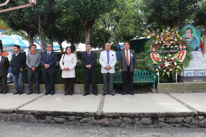 Rinden homenaje al muralista Desiderio Hernández Xochitiotzin en Contla
