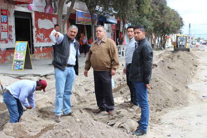 Supervisa JAAL avances de la obra del  Boulevard Yancuitlalpan