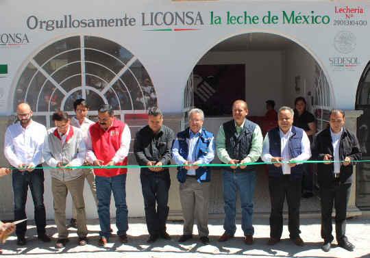 Encabeza AAL reapertura de lechería Liconsa en Huamantla