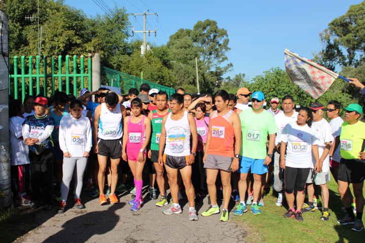 Concluye con éxito la carrera 'CorrIssste' Tlaxcala 2015