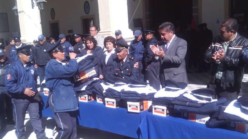 Reciben Policías de Calpulalpan adiestramiento permanente