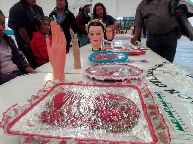 Alcalde de Totolac promueve autoempleo con talleres