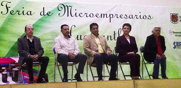 Realizan en Huamantla Feria de Microempresarios