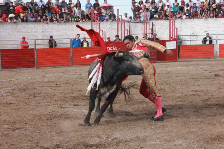 Espectacular corrida de toros en Xaloztoc