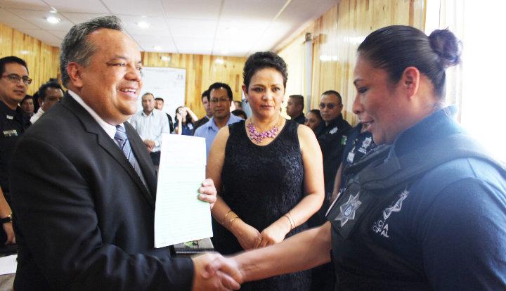 Homologan sueldos a policías del municipio de Huamantla