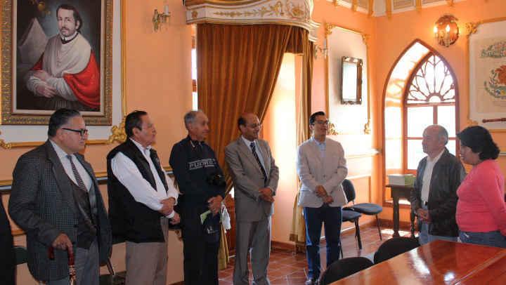 Rinde Ayuntamiento homenaje a ilustre Huamantleco