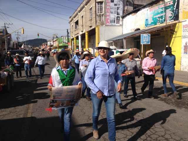 Inician festividades patrias en Nanacamilpa