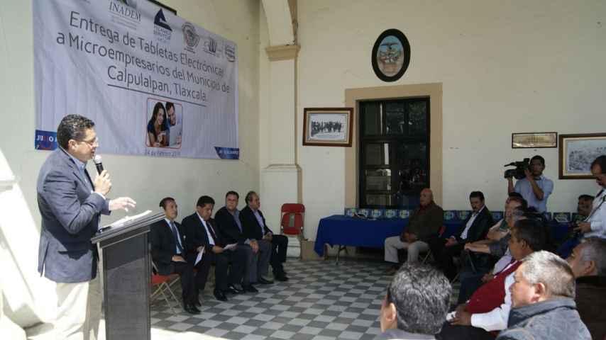 Presidente de la FECANACO reconoce a diputado Julio Cesar Álvarez
