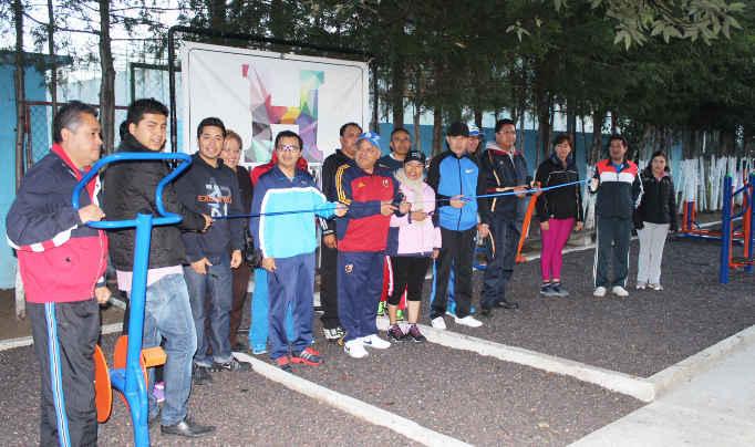 Inauguran tercer gimnasio al aire libre en Huamantla