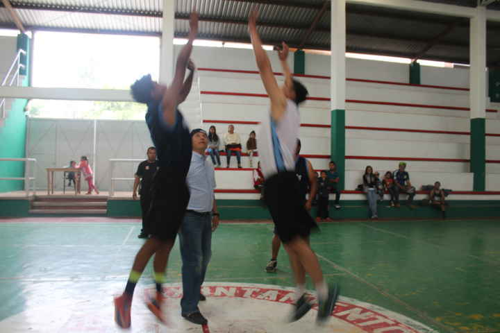 En Nativitas se fomenta el deporte con torneo de basquetbol