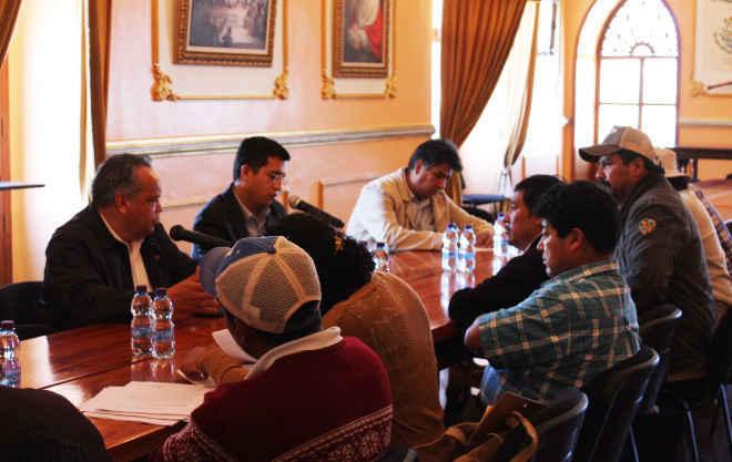 Se reúne JAAL con comité ciudadano de comunidad de Morelos