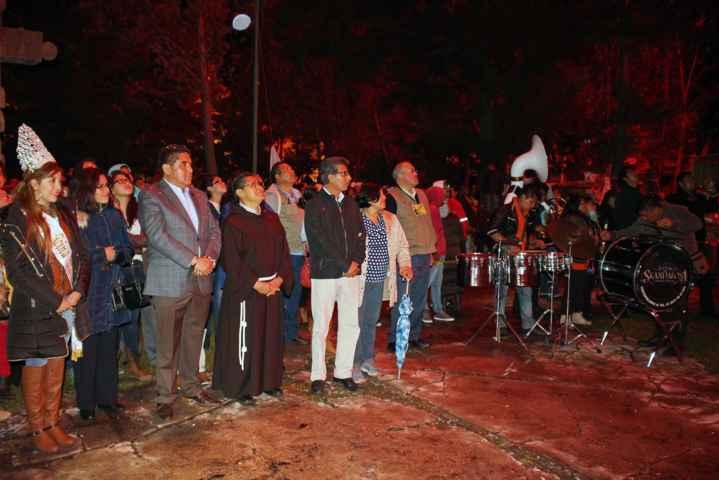 Presentan pirotecnia en Atrio Parroquial de Calpulalpan