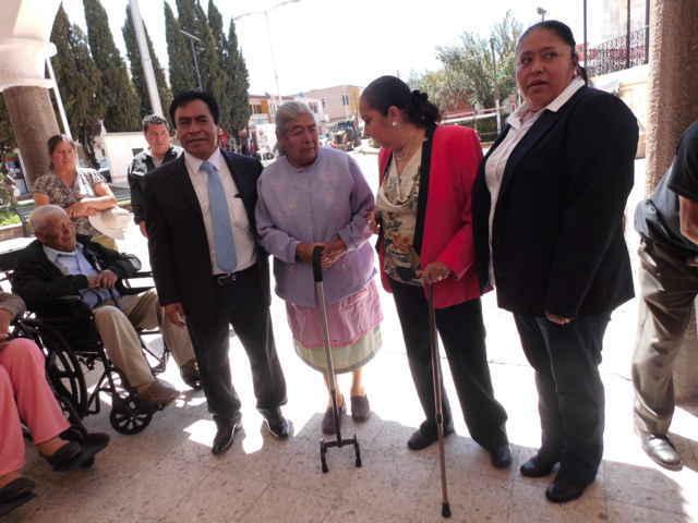 Xaloztoc interesado en proteger y apoyar a personas con discapacidades