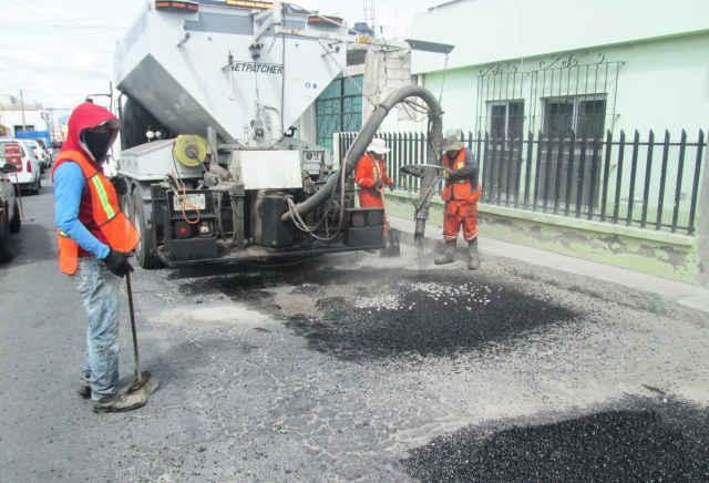 Ayuntamiento de Huamantla pone en marcha  trabajos de bacheo