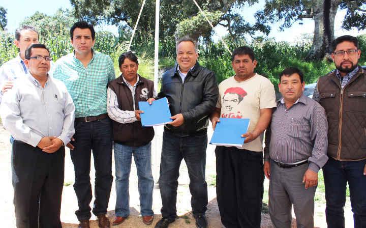 Encabeza Alejandro Aguilar López entrega de pozo de agua en comunidad de Huamantla