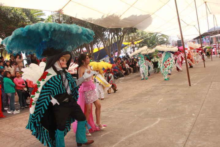 Carnaval 2016 de Xiloxoxtla desborda alegría y pasión