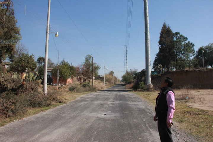 Supervisa alcalde la ampliación de la energía eléctrica
