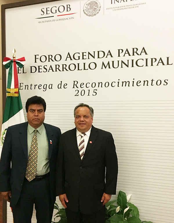 Huamantla y Totolac reciben reconocimiento del INAFED