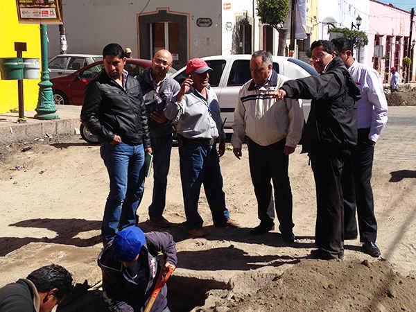 Supervisa JAAL trabajos de rehabilitación de la Calle Hidalgo