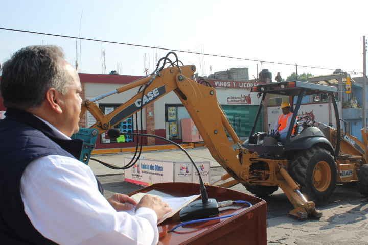 En Huamantla continúa la mejora en importantes avenidas