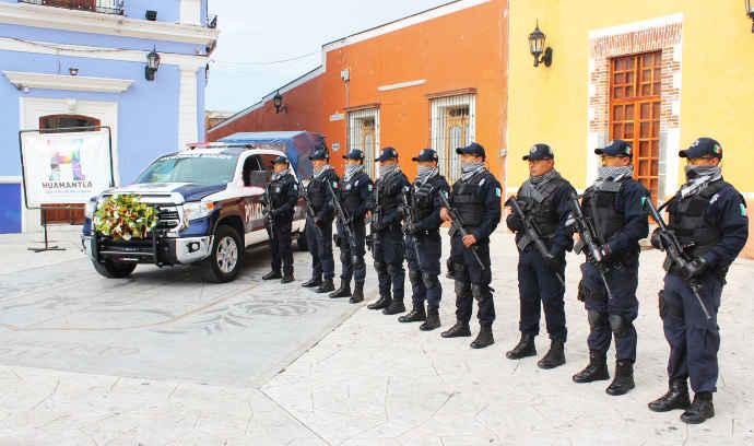 Entregan en Huamantla unidad especial para seguridad