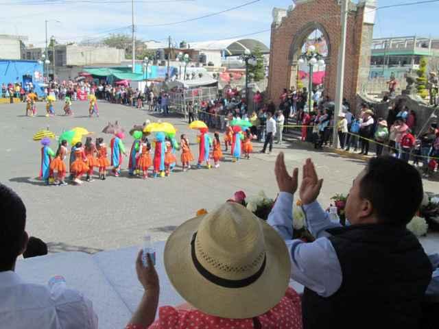 Con desfile inició carnaval de Tetlanohcan 2016