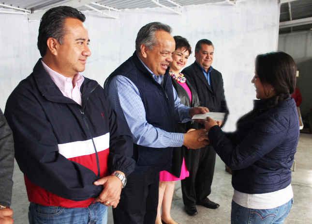 Festeja ayuntamiento de Huamantla a empleados municipales