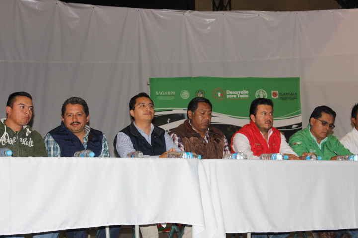 En Huamantla entregan cartas de apoyo del Programa  PESA