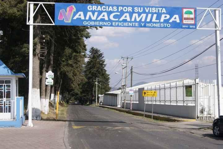 Reanudaran rehabilitación de tramo carretero en Nanacamilpa