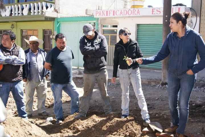 Continúan trabajos de adoquinamiento de la Calle Ocampo