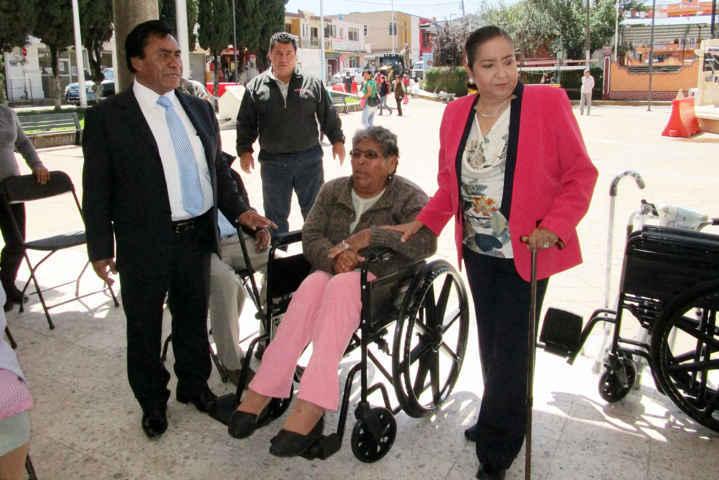 Signa convenio el ITPCD con Xaloztoc a favor de las personas con discapacidad