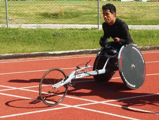 Obtiene Leonardo De Jesús Pérez Juárez 5to lugar en 200mts y 400mts
