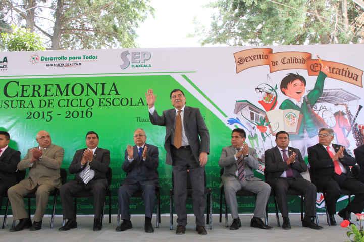 Clausuran ciclo escolar 2015-2016 en Tlaxcala